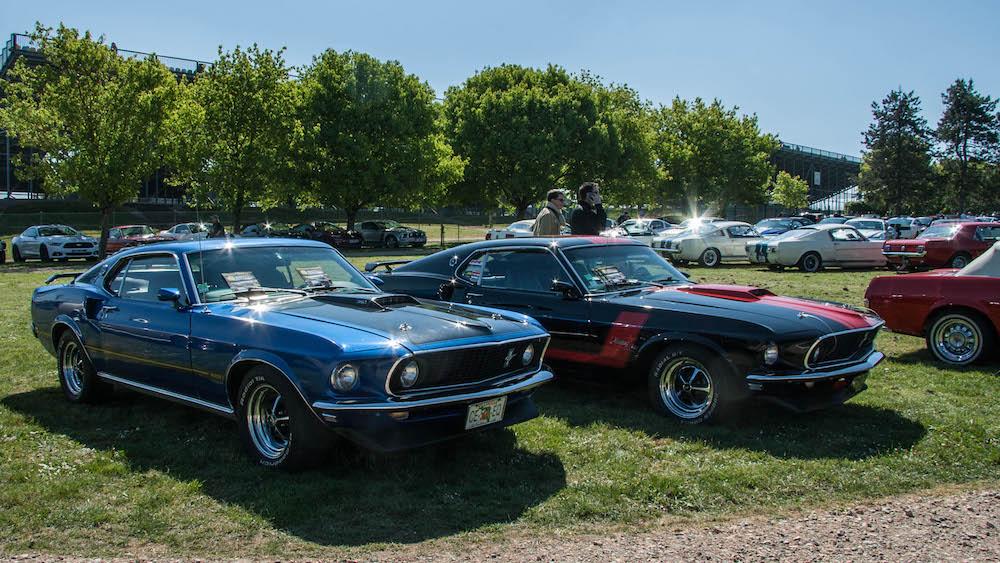 Les voitures du père et du fils