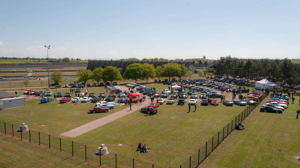 Vue d'ensemble du parc Mustang