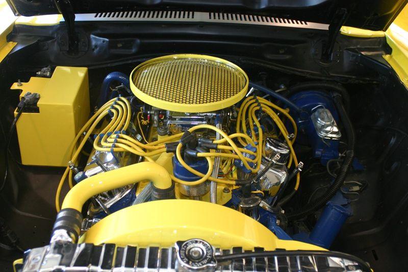 """Le moteur V8 """"Roush"""" de 5.0 litres développe plus de 400 chevaux"""