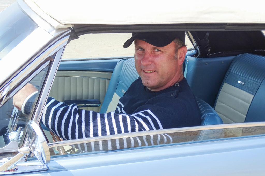 Damien et son cab' 65 d'Auto Moto