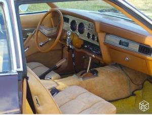 L'intérieur de l'auto