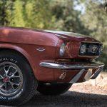 Douce et agressive à la fois, cette Ford Mustang aborde une couleur peu commune.